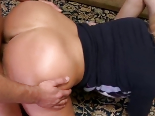 pawm (milf) giant booty on this d like to fuck