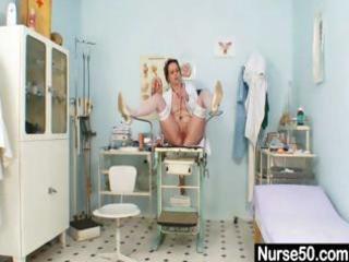 unpretty older nurse masturbates with gyno tool