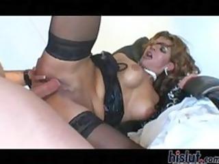 rio mariah spread her cheeks