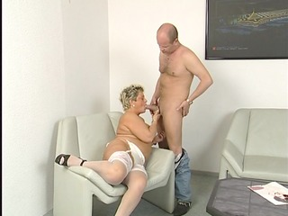 bulky mature housewife squirms