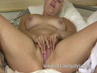 voluptous golden-haired mother id like to fuck