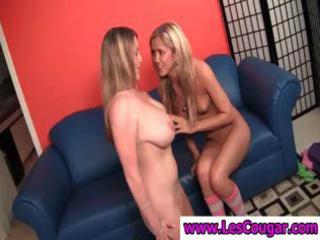 breasty lesbo milf gets her muff take up with the