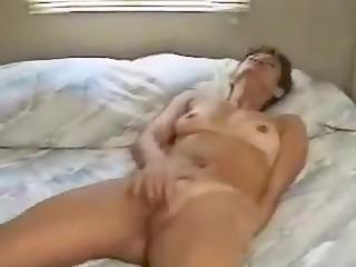 aged amateur masturbation clip