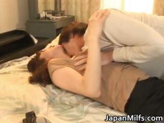 greatly lustful japanese milfs engulfing part2