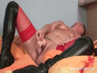 cum-hole masturbation with sex toy for tattooed