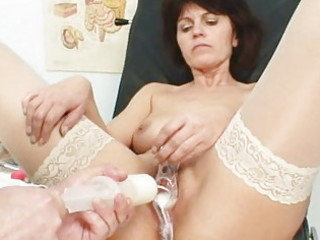 elder wife weird speculum cum-hole scrutiny
