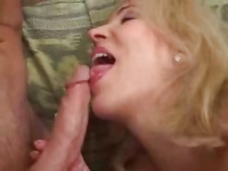 aged mama likes youthful pecker in her wazoo