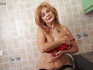 super sexy grandma shows hawt body and masturbates