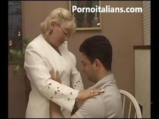 italian granny blowjob hawt - matura italiana