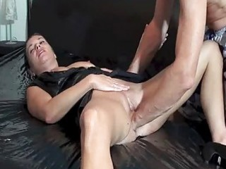 fisting the wifes loose pussy untill she is