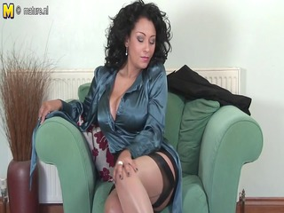 sexy british mother id like to fuck playing with
