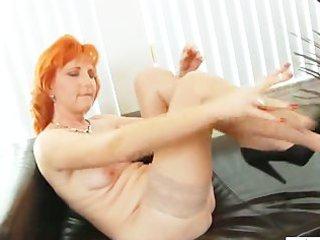 redhead mommy dildos unshaved slit