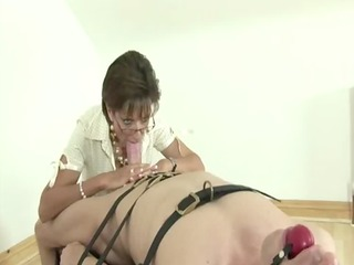 lady sonia femdom bdsm servitude blowjob