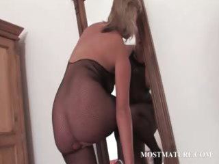 hot d like to fuck in hose riding marital-device