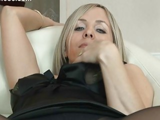 hot golden-haired mother i in hose uncovers her