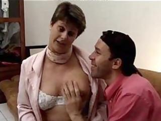 hirsute french granny...f910 mature mature porn