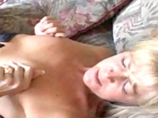 dirty mommy in nylons receives her wet crack