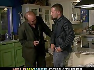 old hubby watches a chap bangs his youthful wife
