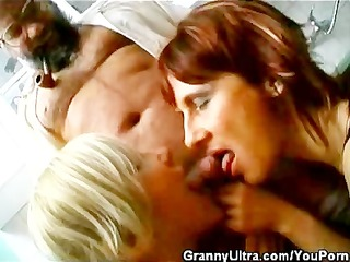 jock engulfing grannies and one old timer