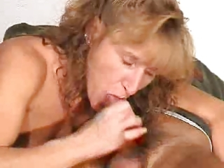 aged gives a blowjob with spunk fountain in mouth