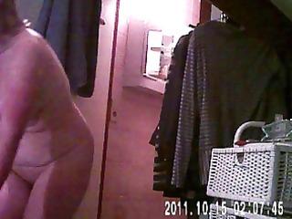 voyeur - spying on relatives