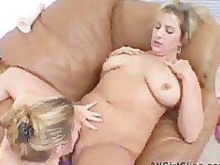 chunky hotties dildo fucking snatch lesbo hotty