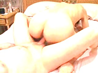 jizz flow on german wifes wazoo and pussy!