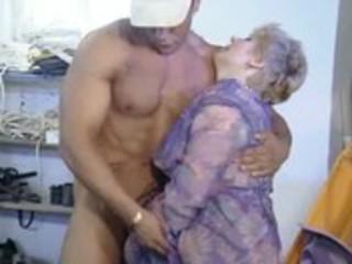 oldtimer - fisting older shaggy cum-hole
