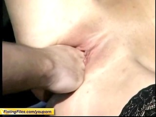 mommys outdoor fisting