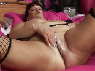 large granny with biggest pantoons t live without
