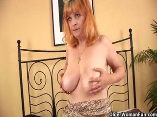 redheaded granny with big pointer sisters sucks