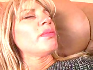 spice mature playing with dildo