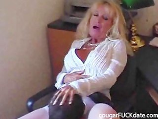 hot granny cougar in stockings copulates a young