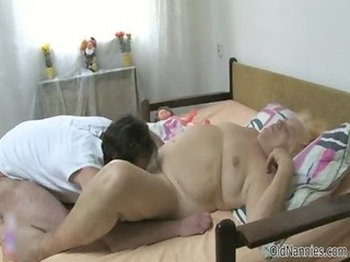 nasty aged slut goes insane engulfing